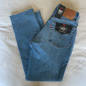 Levi's High rise straight leg 501 cropped jeans